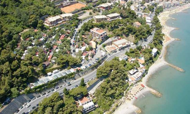 Camping Capo Mele